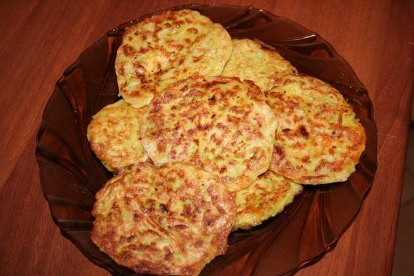 Драники из кабачков и картошки рецепт с фото пошагово на сковороде