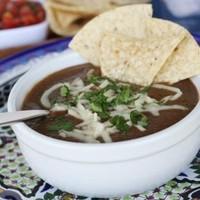 Бразильский суп из черной фасоли
