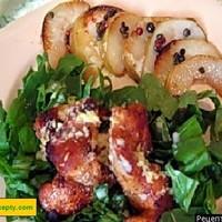 Куриные грудки с карпаччо из  груш с соусом