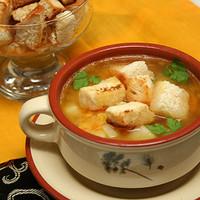 Гороховый суп на бульоне из баранины по-грузински