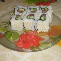 Роллы урамаки (рисом наружу)