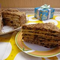 Торт с грецкими орехами и черносливом