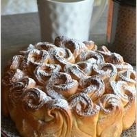 Булочный пирог Букет роз