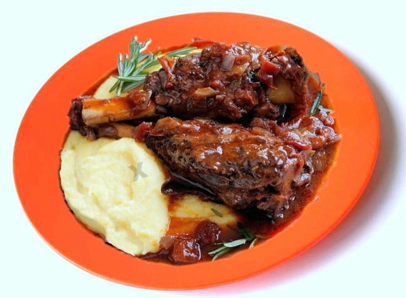 как приготовить мясо из говяжьей рульки