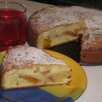 Пирог со свежими персиками