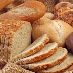 Почему домашний хлеб крошится