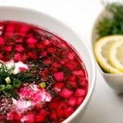 Как улучшить вкус холодного супа