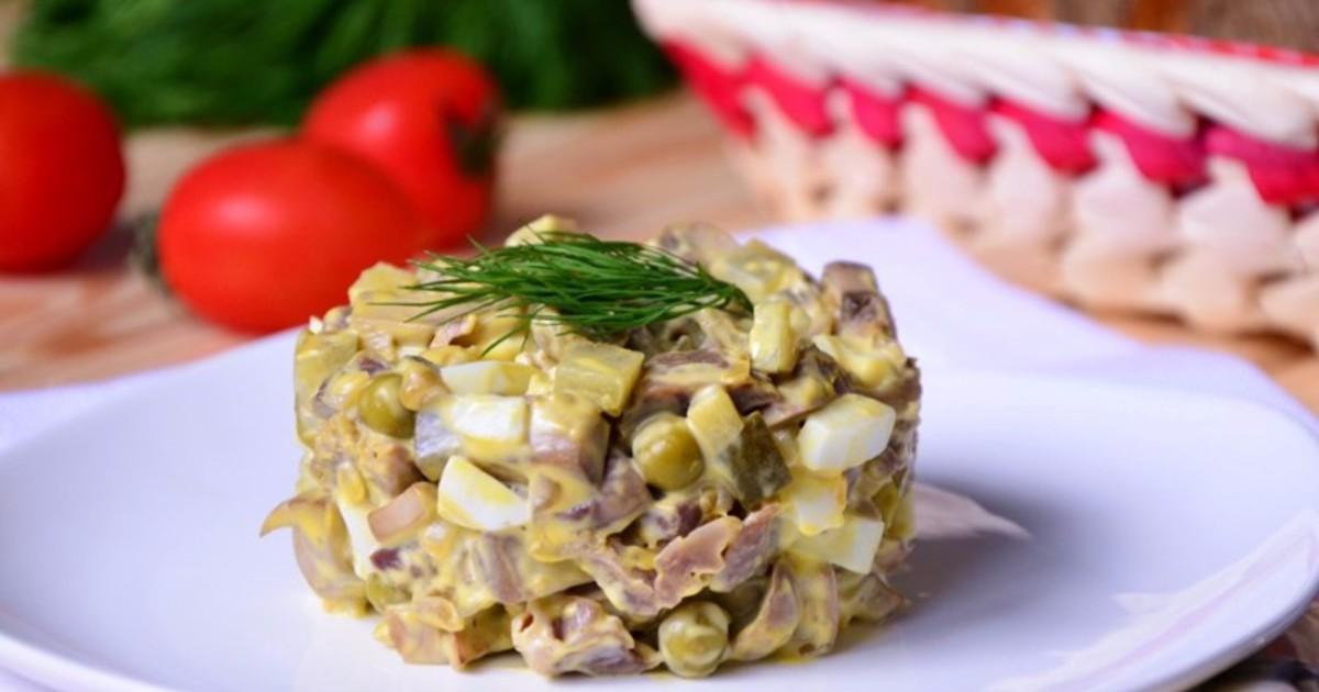 Салат из куриных ножек