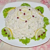 Салат с кальмарами курицей