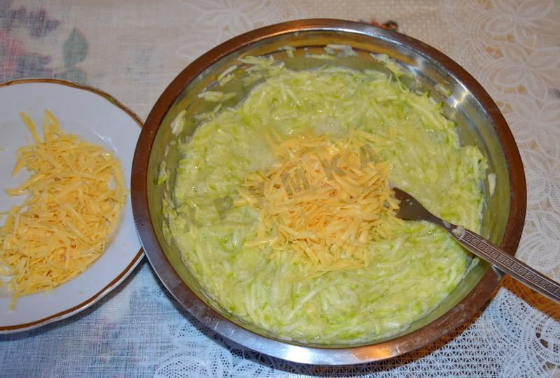 Кабачки тертые с фаршем в духовке рецепт