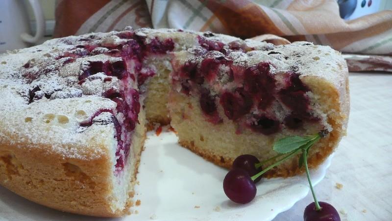 Дрожжевой пирог с замороженной вишней рецепт с пошагово