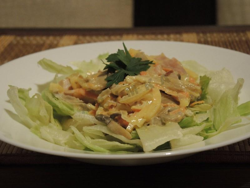 рецепты салатов с копченым окорочком и грибами