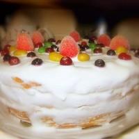 Быстрый тортик из мультиварки с фруктами