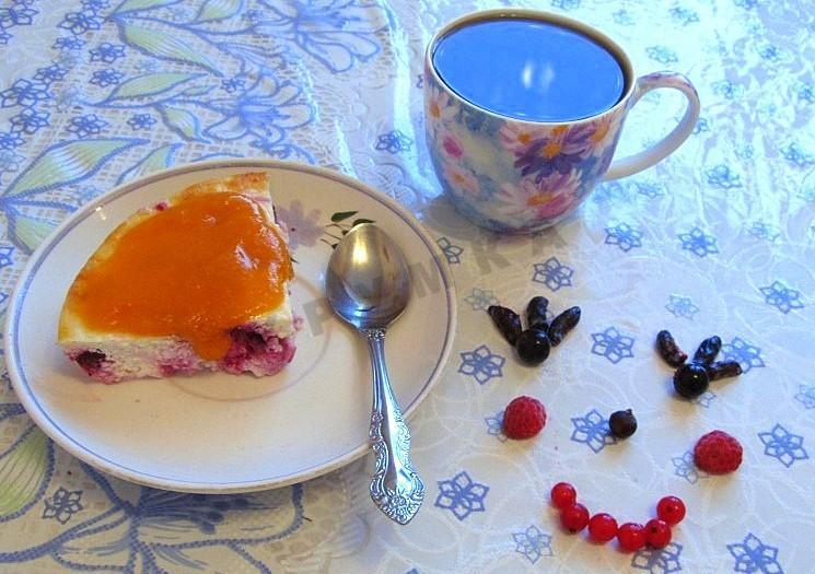 Пошаговый рецепт творожной запеканки с ягодами