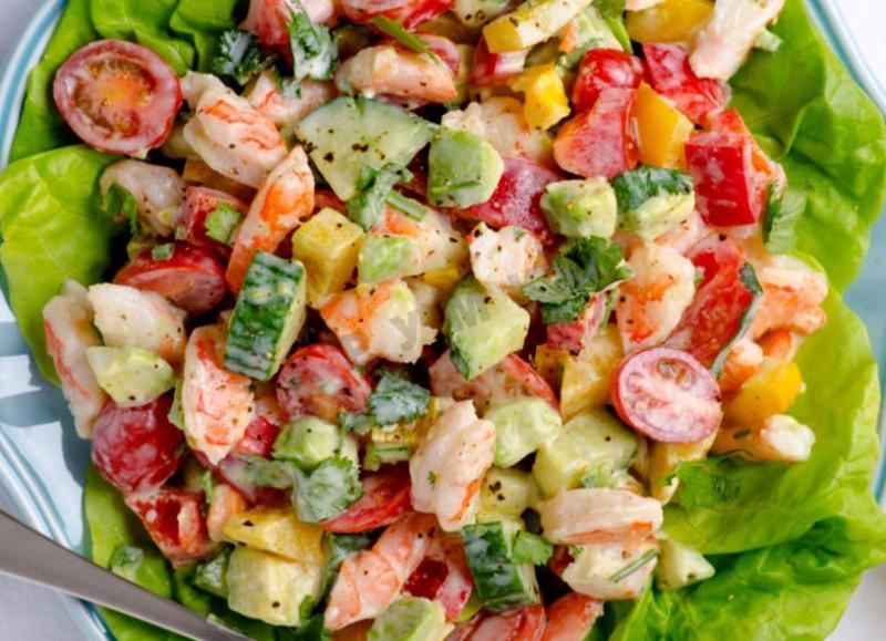 Салат из крабовых палочек кальмаров и креветок рецепт с