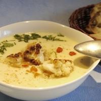 Сырный суп с карамелизированной цветной капустой