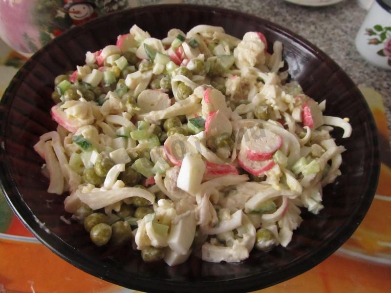 Салаты с кальмарами и горошком рецепты с очень вкусный