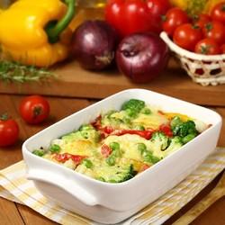 рецепт картошки с мясом в духовке с помидорами и луком