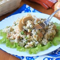 Салат Оливье с грибами постный