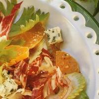 Салат с радичио быстрый и легкий