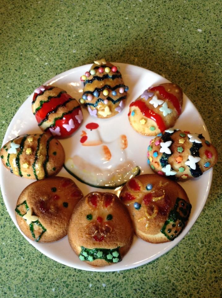 Приготовит печенье в форме