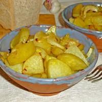 Картофель запеченный с луком в духовке