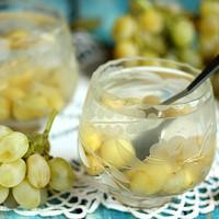 Компот из двух видов винограда и айвы - рецепт пошаговый с фото