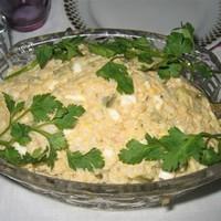 Салат с копченым лососем без майонеза