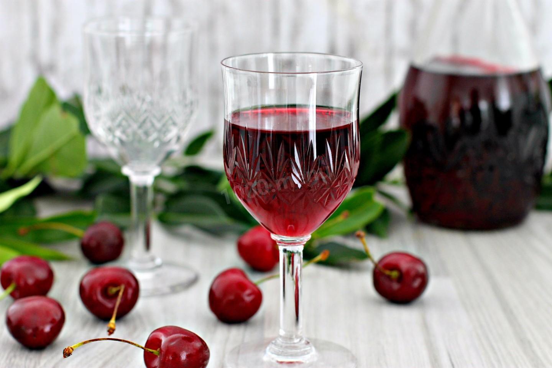 Как готовить вишневую наливку