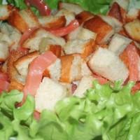 Рыбный салат с семгой