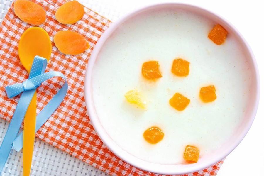 Манная каша для ребенка на молоке рецепт #6