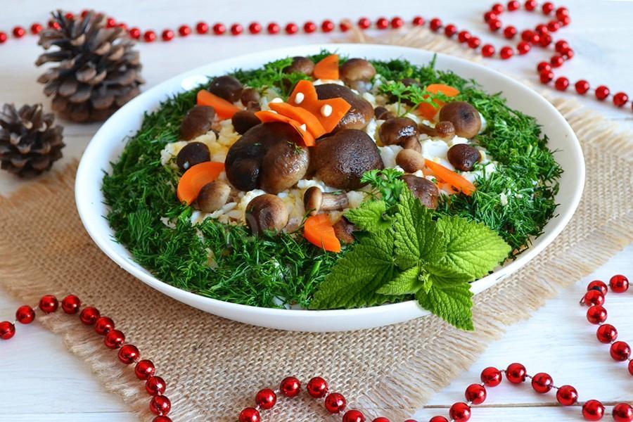 Салат Полянка с опятами - пошаговый рецепт с фото на Повар