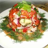 Салат из мидий с помидорами