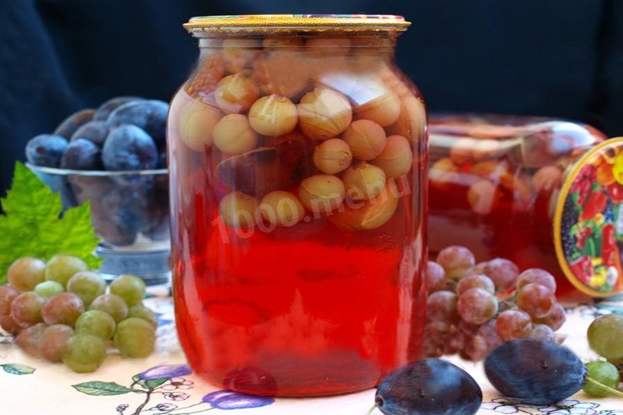 Параллельно перебираем ягоды, убирая поврежденные.
