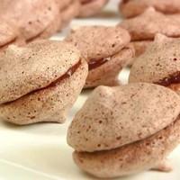 Печенье шоколадное безе с какао