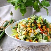 Салат с Пекинской капустой и кукурузой лёгкий