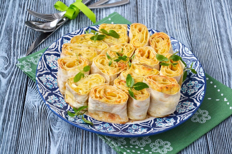 Лаваш тонкий с сыром в духовке рецепт пошагово