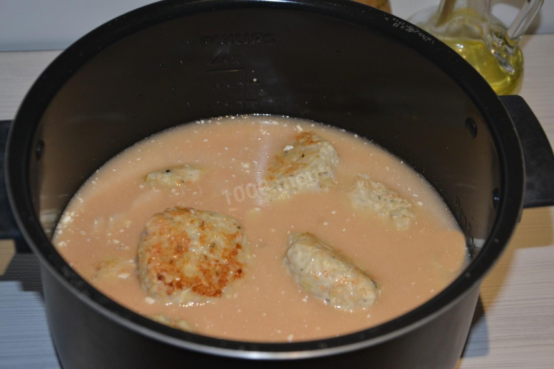Тефтели в сметанном соусе в кастрюле рецепт пошагово