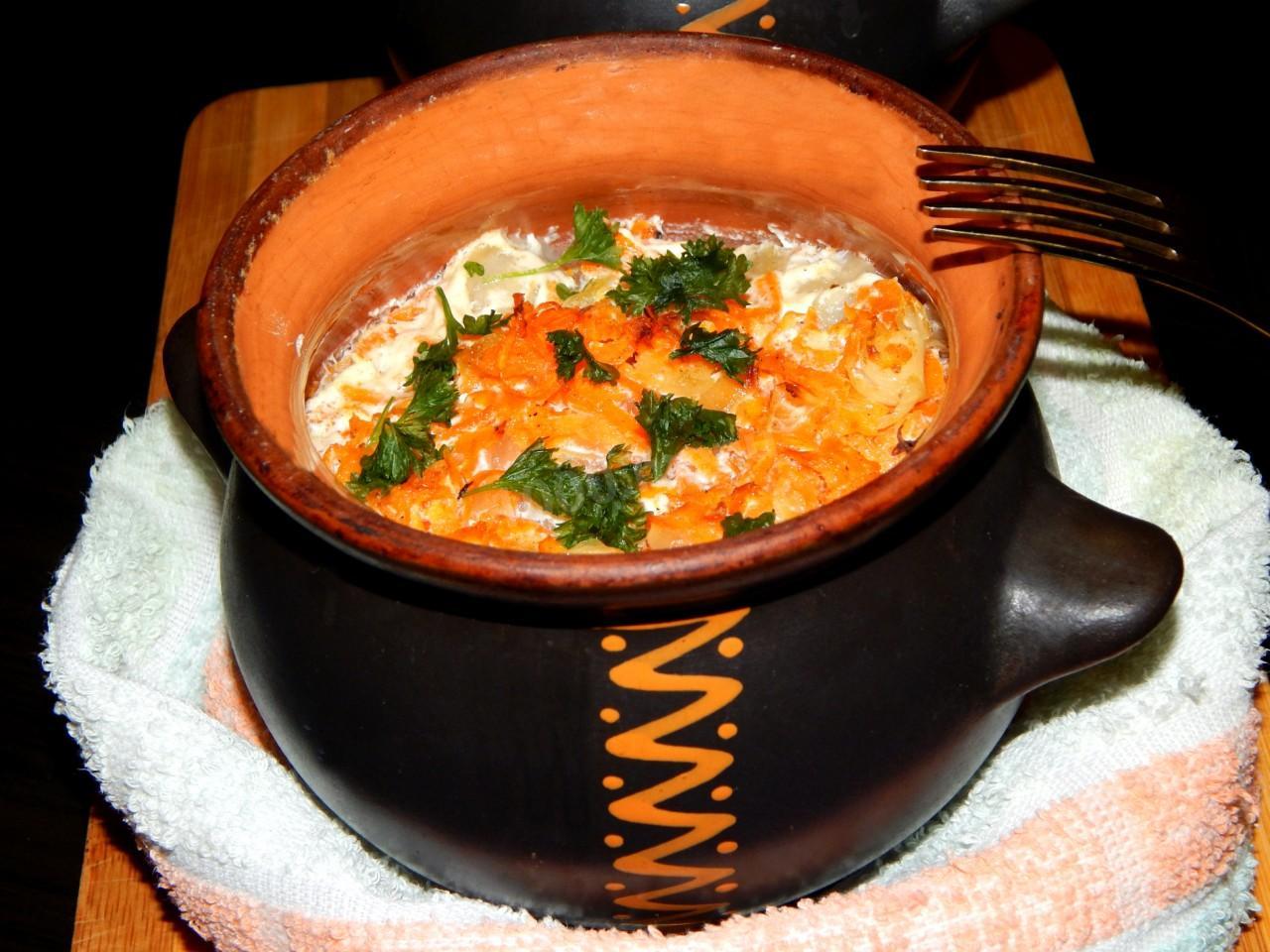 Кролик в горшочках с картошкой рецепт с фото пошагово