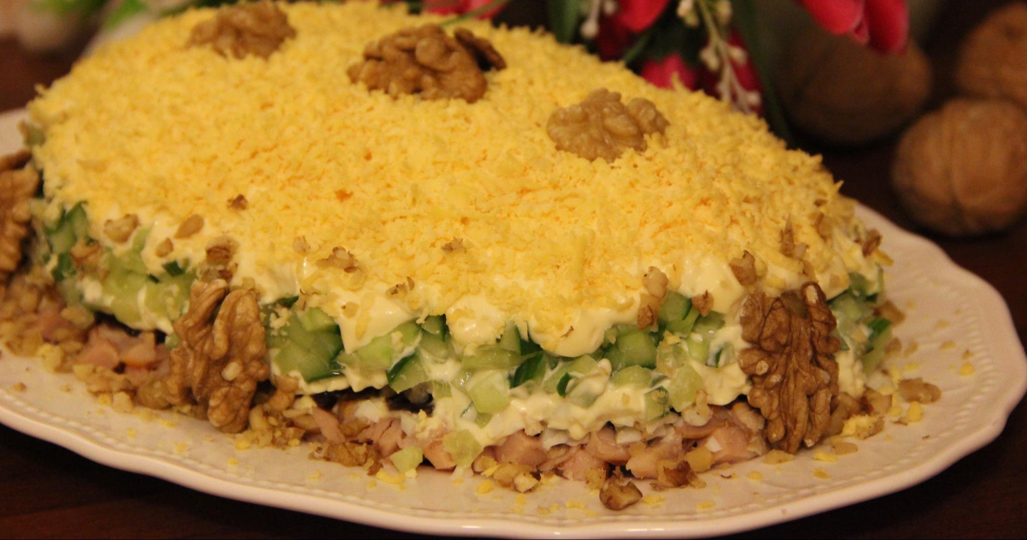 Салат курица с черносливом и грибами пошаговый рецепт
