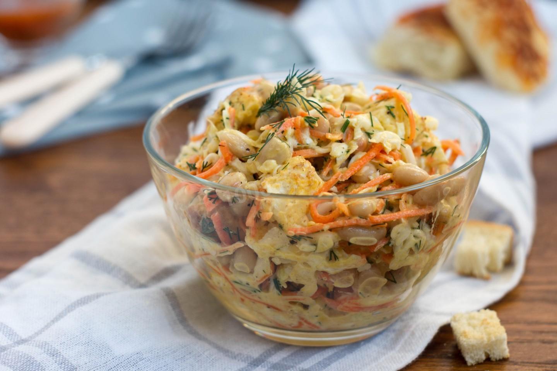 Салат цыпочка с фасолью и корейской морковью