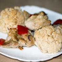 Простая курица в духовке с овощами