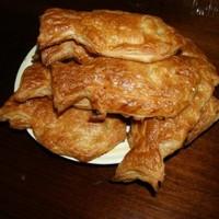 Пироги из слоеного теста к пиву
