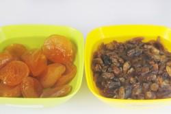 Компот из изюма и урюка - рецепт пошаговый с фото