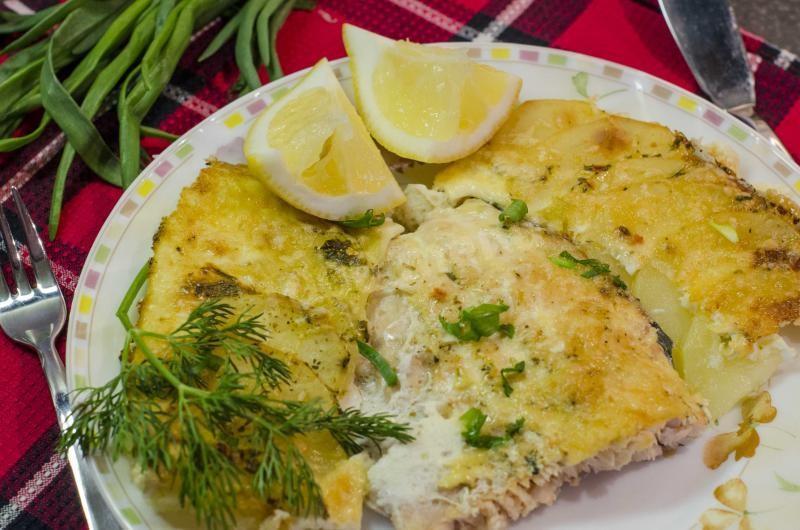 Картошка с горбушей в духовке рецепт пошагово в