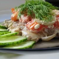 Скумбрия запеченная с помидорами черри
