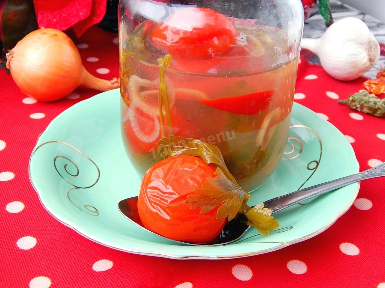 Маринованные помидоры с медом на зиму