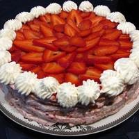 Торт Сливки с клубникой