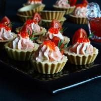 Тарталетки Праздничные с красной рыбой и икрой - рецепт пошаговый с фото