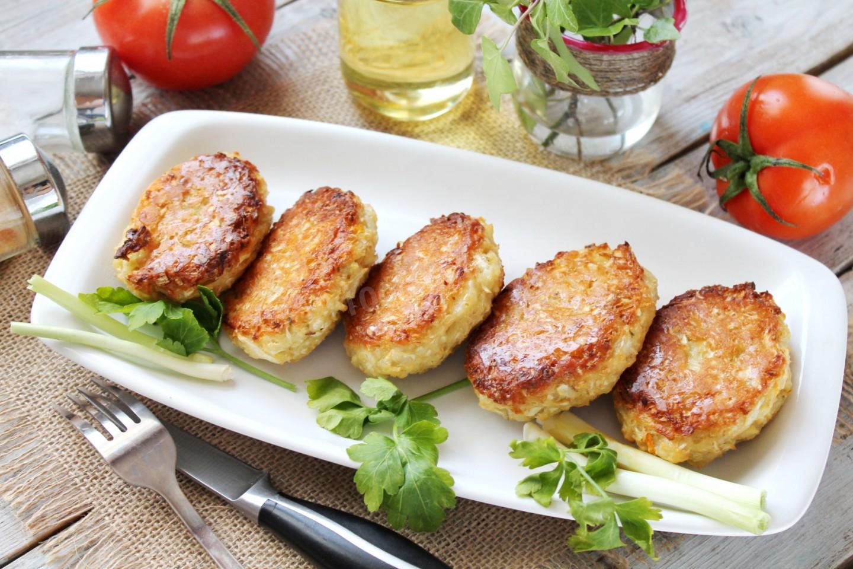 Котлеты из курицы и капусты в духовке 8
